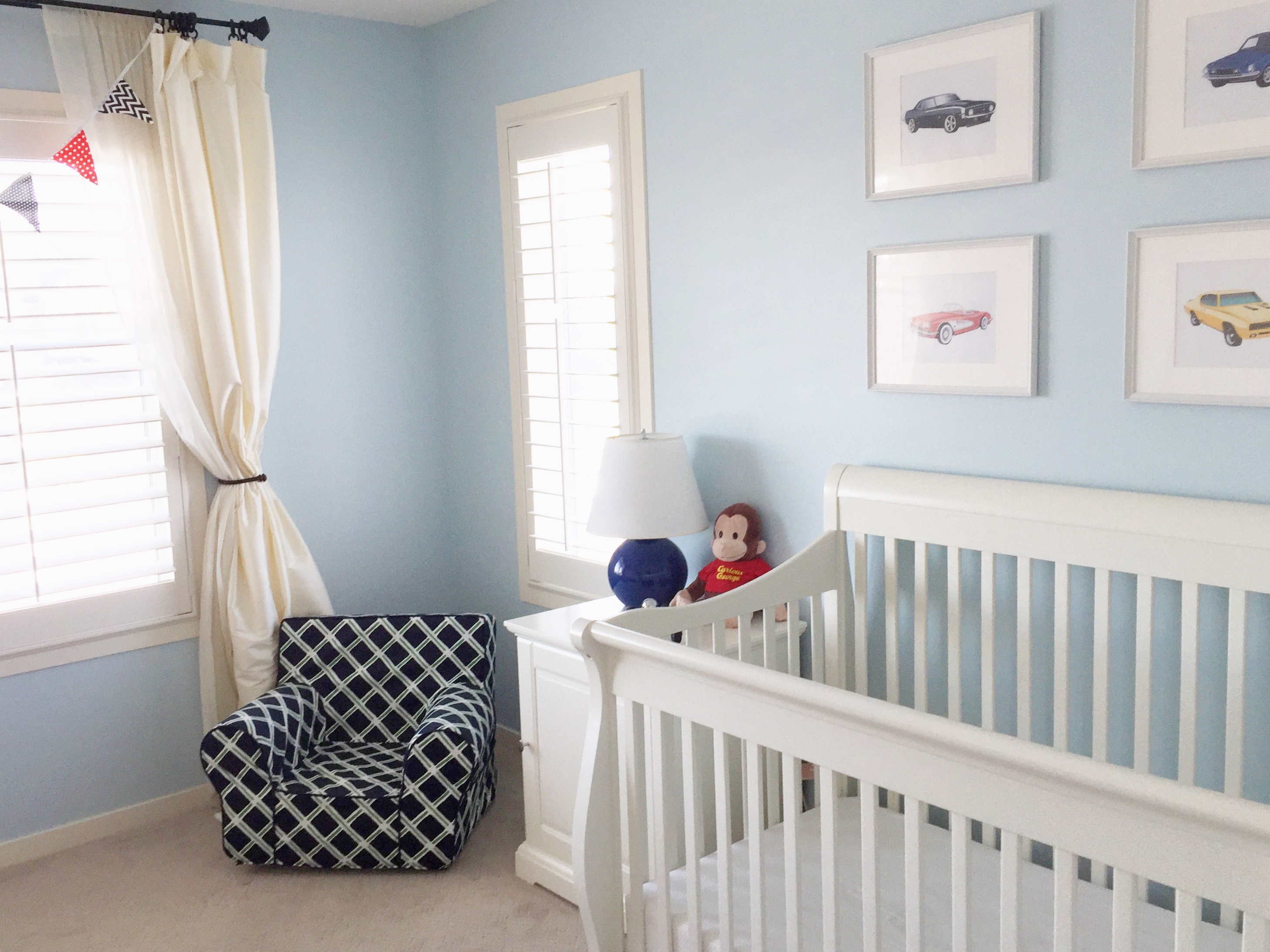Great organizing tips for easy cleaning and maintenance of the kids' rooms